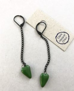 Small floating ceramic hart earrings in Emerald Green