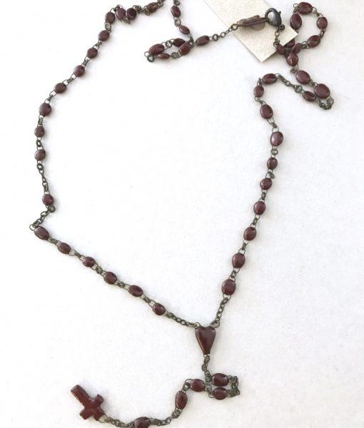 Authentique chapelet en petites perles de céramique émaillées faites main en France.