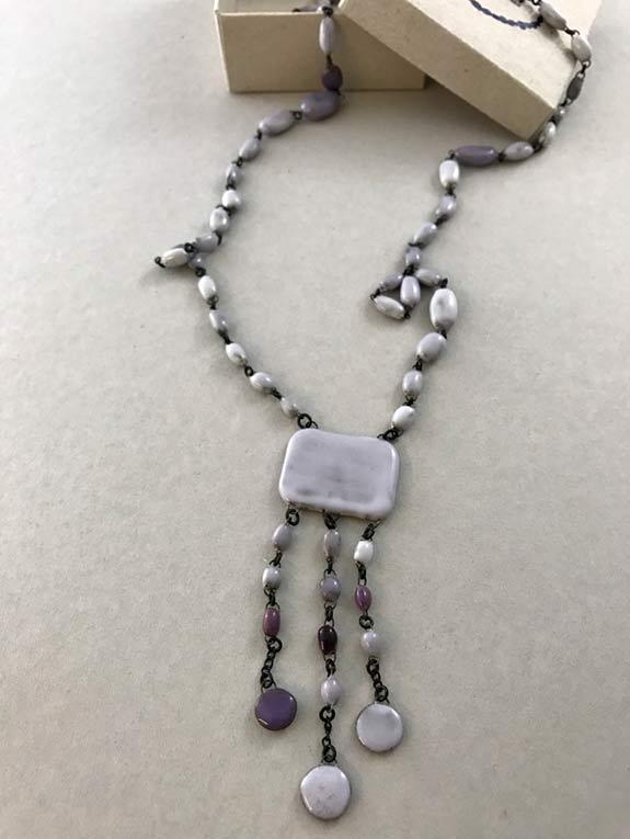 Grey rectangle ceramic necklace by Claire Hecquet-Chaut