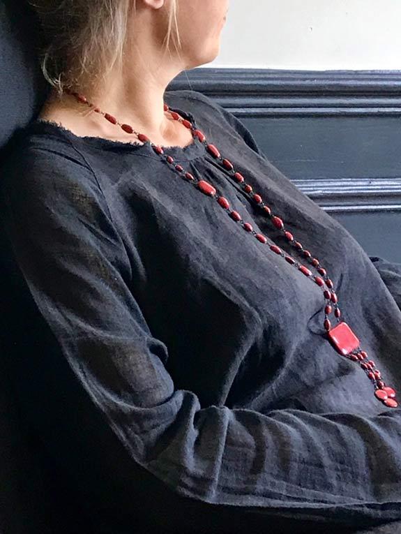 Collier céramique rectangle rouge Franc de Claire Hecquet-Chaut